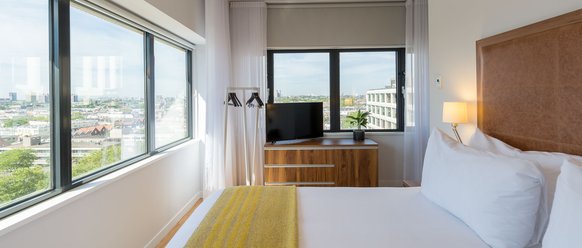 Corner One Bedroom Apartment PREMIER SUITES PLUS Rotterdam